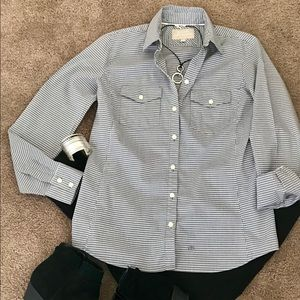 "🌺""Banana Republic"" soft wash button down S"